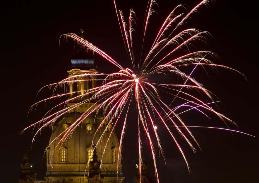 Frauenkirche germanynew year fireworks 2013