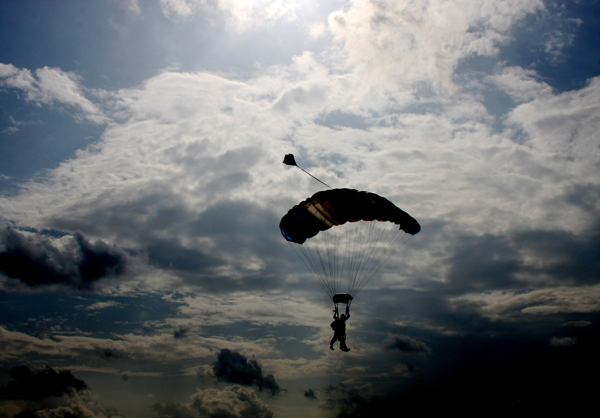 08_skydiving_photo
