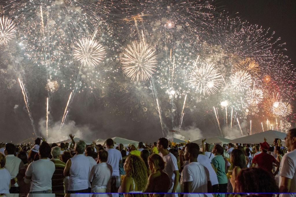 BRAZIL new year fireworks 2013