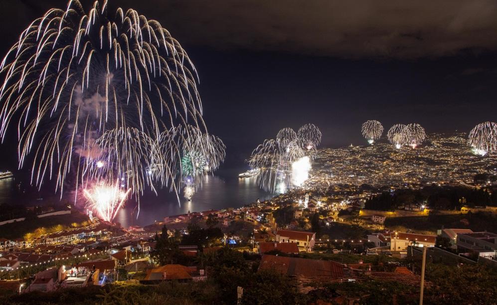 madeira island new year fireworks 2013