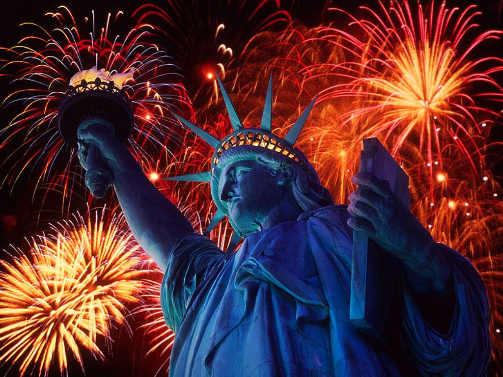 statue of liberty fireworks 2013