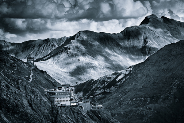 monochromatic alps 3 Exceptional Landscape Photography from Jakub Polomski