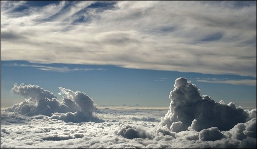 above-white-clouds-wallpaper