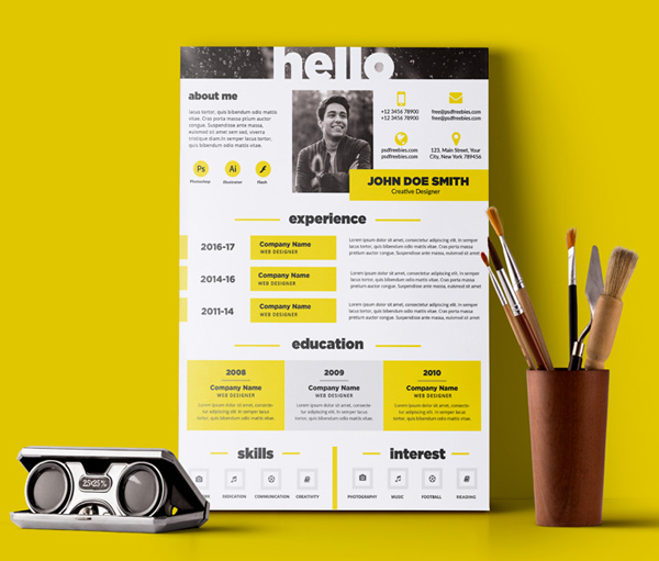 Free PSD Creative and Elegant Resume Template PSD