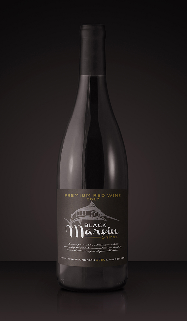 How to Create a Realistic Wine-Bottle Mockup Template in Adobe Photoshop