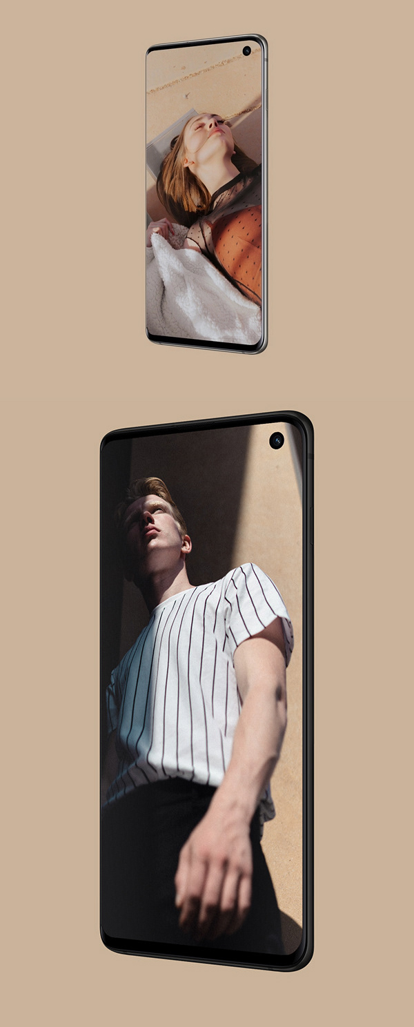 Free Galaxy S10 Perspective Mockup