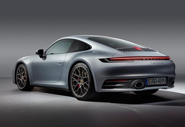 Porsche 911 Photo - 2