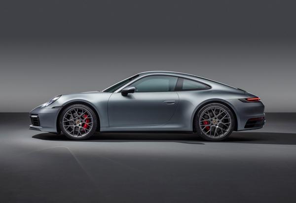 Porsche 911 Photo - 3